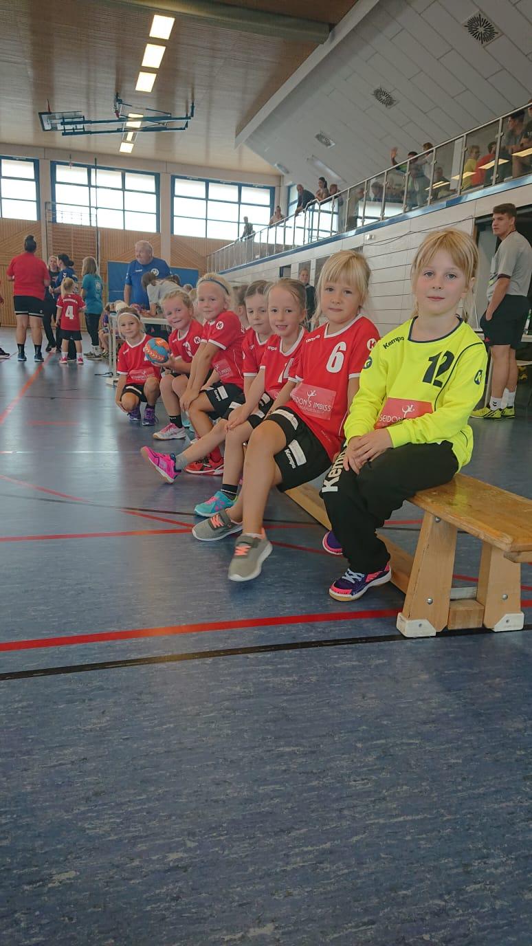 Weibliche F Jugend mit dem 2. Platz bei den Kinder- und Jugendsportspielen